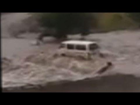 Flooding River wipe away taxi at Thaba Tseka