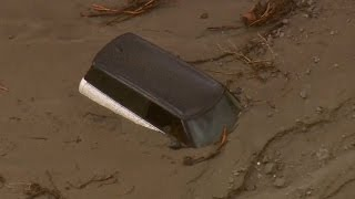 California flash floods cause mudslides