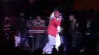 2Pac - Out On Bail (live 1994)