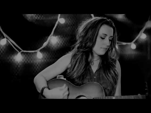 Kirsty Lee Akers - Burn Baby Burn - Live & Acoustic