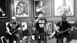 ZERO TO THE LEFT performing HEEDLESS MIND @ Poorhouse in Ft. Lauderdale on 10/30/15.
