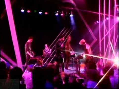 Depeche Mode - The Meaning Of Love (Top Of The Pops BBC UK 06.05.1982)