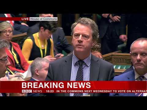 MPs vote to seek delay to Brexit - BBC News