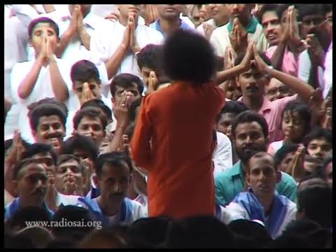 Thursday Divine Darshan of Sathya Sai Baba - Part 105