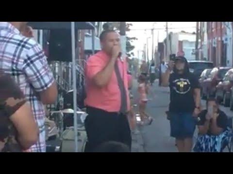 Evang. Julio Ramos (Antes Voltio) Predicando En Las Calles De Massachusetts