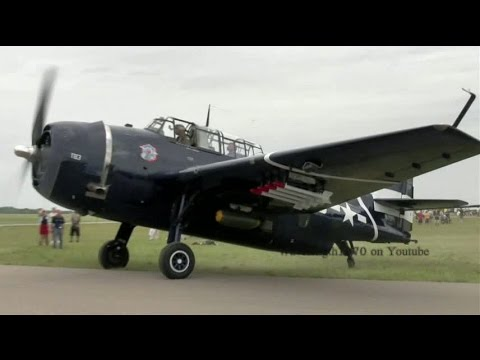 Grumman TBM Avenger and F4 Corsair startup and taxi