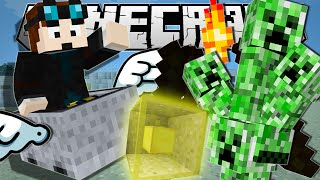 Minecraft | NEW LUCKY BLOCKS!! (Creeper Stacks, Flying Minecarts & More!) | One Command Creation