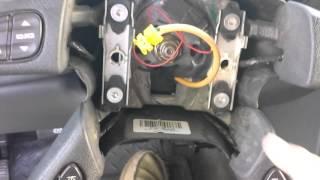 2003 Chevrolet Silverado 2500HD horn problem