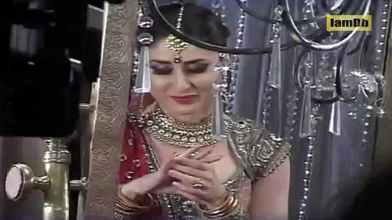 Saif Ali Khan And Kareena Kapoor Wedding Dresses - YouTube