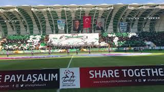 Spor Toto Akhisar Belediye Stadyumu ilk maç Akigoların Koreografisi