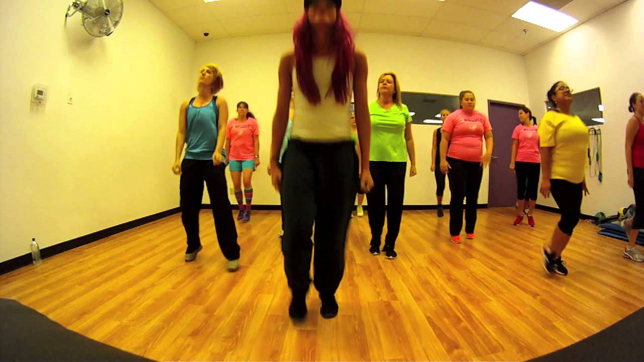 Rollin Limp Bizkit Zumba With Mallory Hotmess Youtube