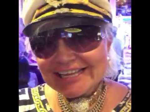 Royal Caribbean cruise 15613454049