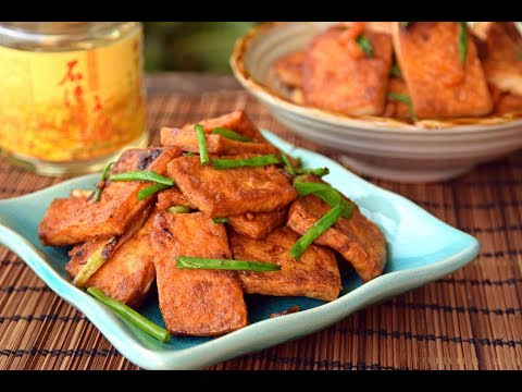 Fried Tofu, Two Ways - Vegetarian Soy Sauce Fried Tofu (生抽煎豆腐) & Qing Dynasty Shrimp Tofu (蒋侍郎豆腐)