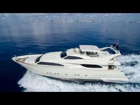 James Bond Yacht Ferretti 94' MEGA YACHT TOUR