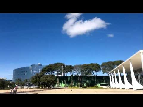Brazilian's jet [Mirage 2000] destroys glasses with a supersonic low pass