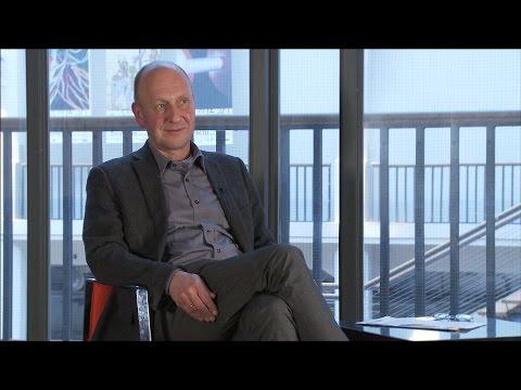 Interview mit Gerhard Kabierske: 100 Jahre Hallenbau