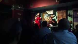 Dot Wilder sings Lazy Bones by Johnny Mercer