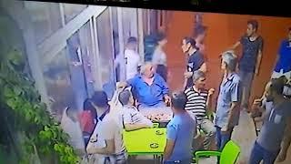 MANİSA'DA BIÇAKLI SALDIRI AN BE AN KAMERALARA YANSIDI