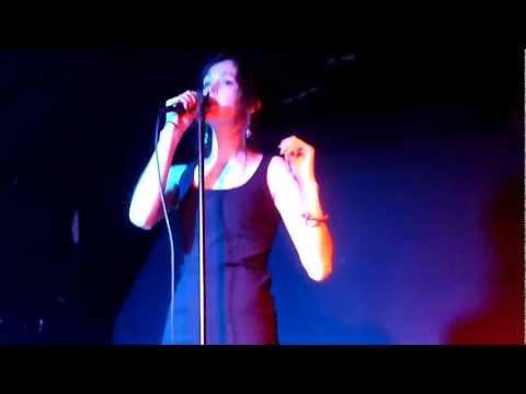 Marie DAVIDSON live @ La Brique Party #1 / La Mécanique Ondulatoire ~~~ Paris, 2013