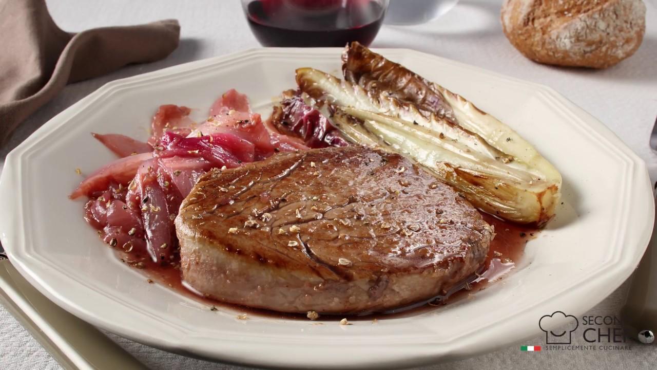 Filetto di manzo con trevisana e cipolla di Tropea caramellata ...