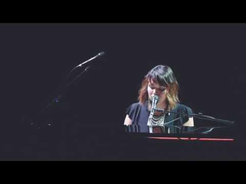 "Norah Jones ""Black Hole Sun"" tribute to Chris Cornell"