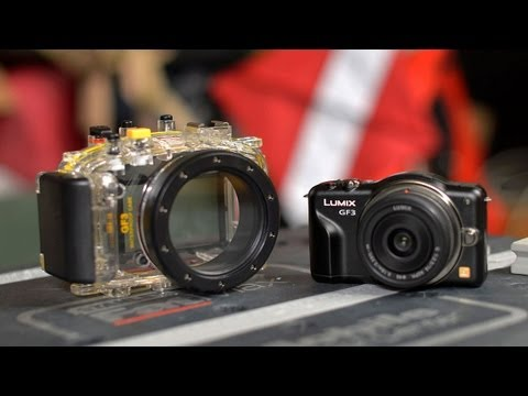 Poor Man's Underwater Mirrorless Camera Setup
