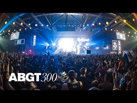 Above & Beyond and Spencer Brown  - 'Long Way From Home' (Above & Beyond Live at #ABGT300) 4K