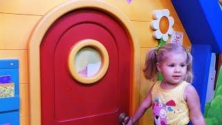 ✿ ДИАНА В МУЛЬТИКЕ Клуб Микки Мауса Доктор Плюшева Принцессы Диснея Disney Junior videos WORLD kids