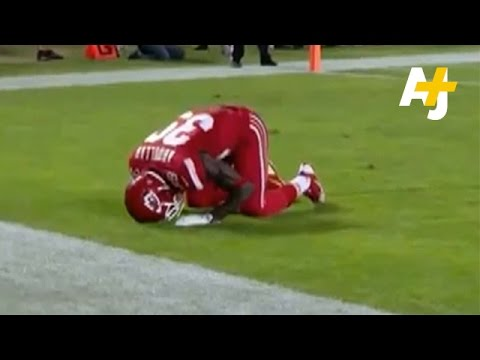 Was NFL Football Player Husain Abdullah Penalized For Praying?