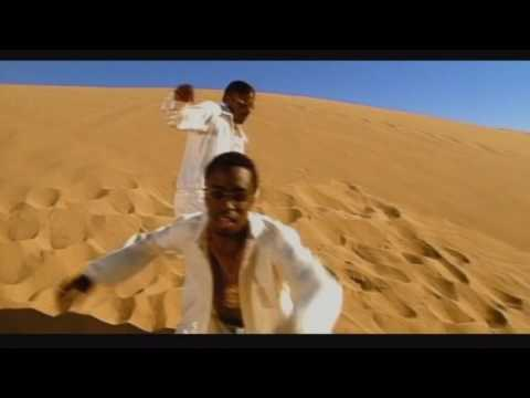 Puff Daddy [feat. Mase & The Notorious B.I.G.] - Been Around The World (Official Music Video)