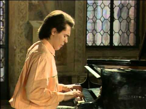 Ivo Pogorelich - English Suite 2 (1) - J S Bach