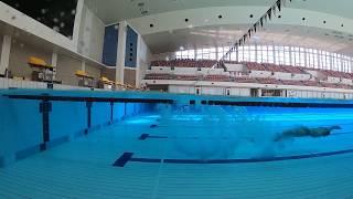 水泳のスタート撮影時に大きな悩みの一つであった「水上と水中の映像が...