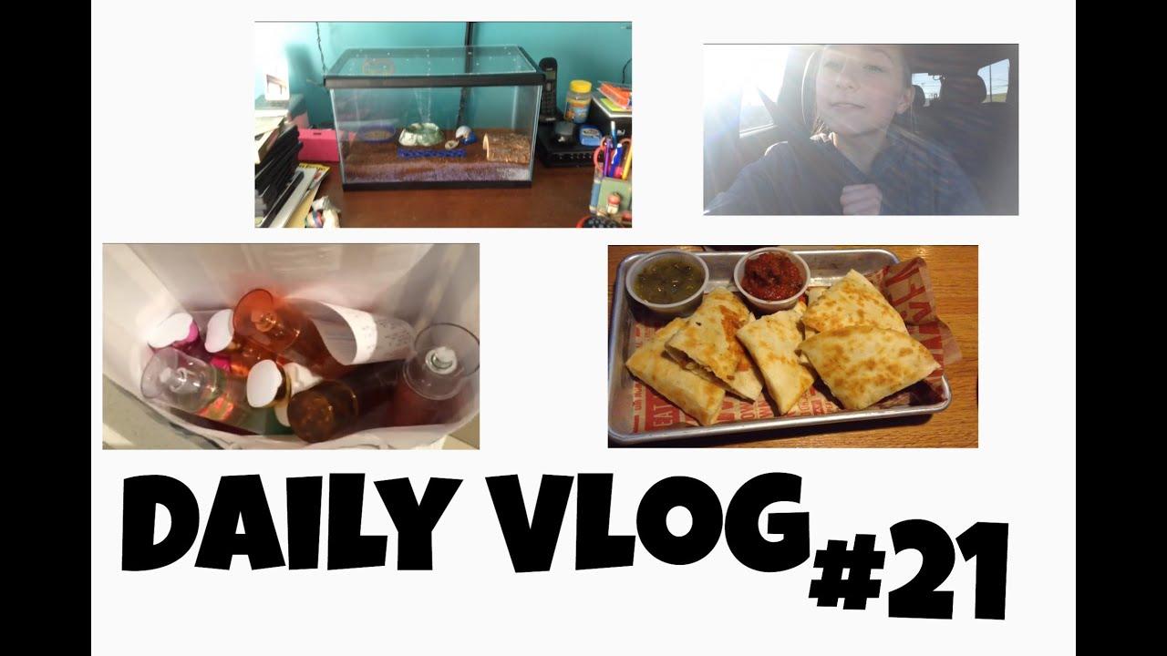 Daily Vlog #21 Starbucks & I hit 1,000 subscribers!! - YouTube