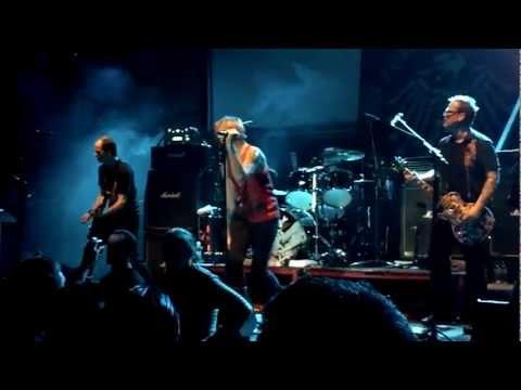 Die Toten Hosen - Das is der moment y Ultraviolento @ Salta HD