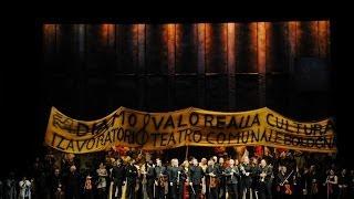 Gli arredi festivi - dietro le quinte del teatro Comunale di Bologna