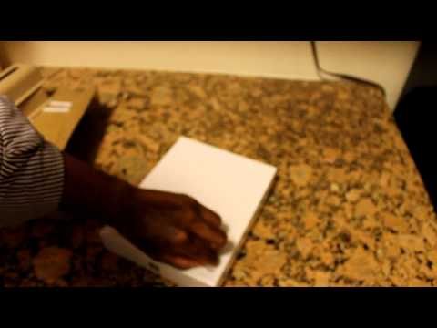 The New iPad 4G LTE Verizon Unboxing - Booredatwork.com