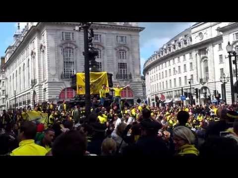 German Borussia Dortmund Football Fanclub / German Crowds @ Piccadilly Circus London Champions 2013