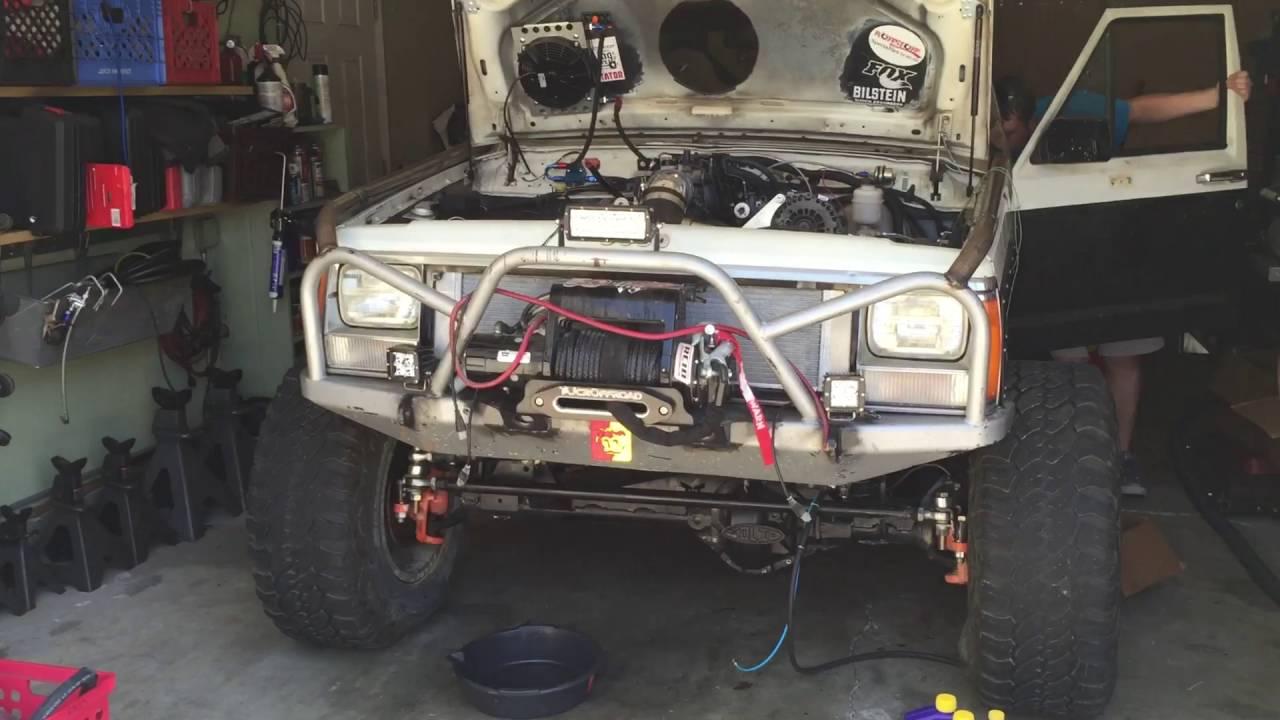It's ALIVE!!!!!!!!! 5 3 (LM7) swap into XJ Cherokee