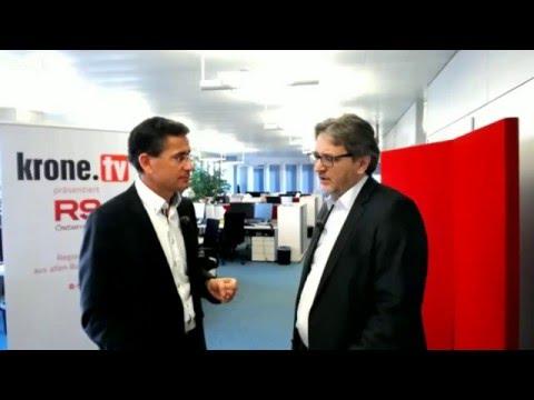 Peter Hacker im Gespräch mit Gerhard Koller