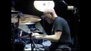 Easy Dizzy и Chris Slade в Саратове(Репортаж о выступлении официального российского трибьюта Easy Dizzy и экс-барабанщика AC/DC Chris Clade в Саратове..., 2012-11-27T14:18:35.000Z)