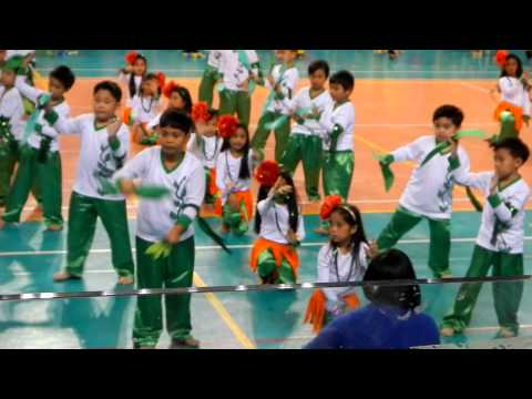 'una kaya' dance moves by first graders