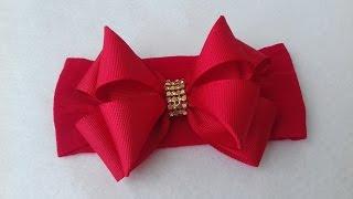 Laço de gorgurão com manta de strass na faixa de meia de seda By Iris Lima