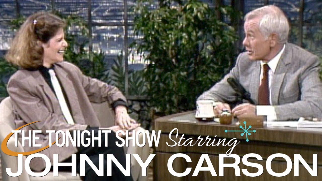 Gilda Radner Makes Her First Appearance on Carson Tonight Show  - 11/15/1983