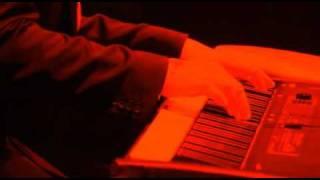 Shinedown - Devour Live From Kansas City ( Acoustic )