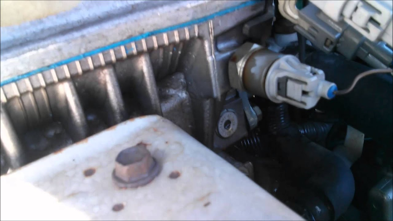 how to stop an oil leak in a toyota camry