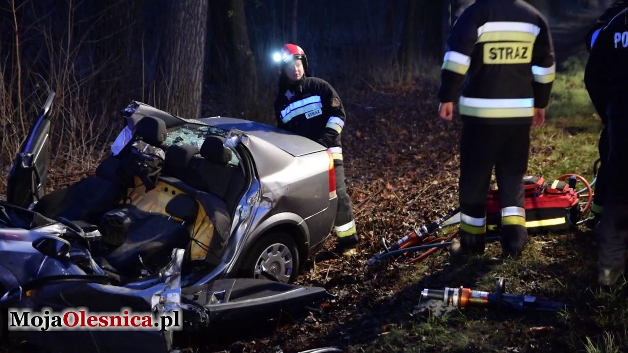 15.12.2017 Oleśnica – wypadek opla na ul. Wileńskiej