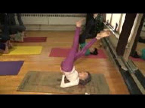 At 100 Tao Porchon Lynch Still Teaches Yoga Youtube