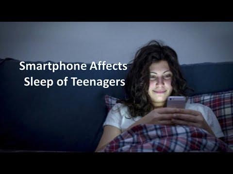 Smartphone Affects Sleep of Teenagers