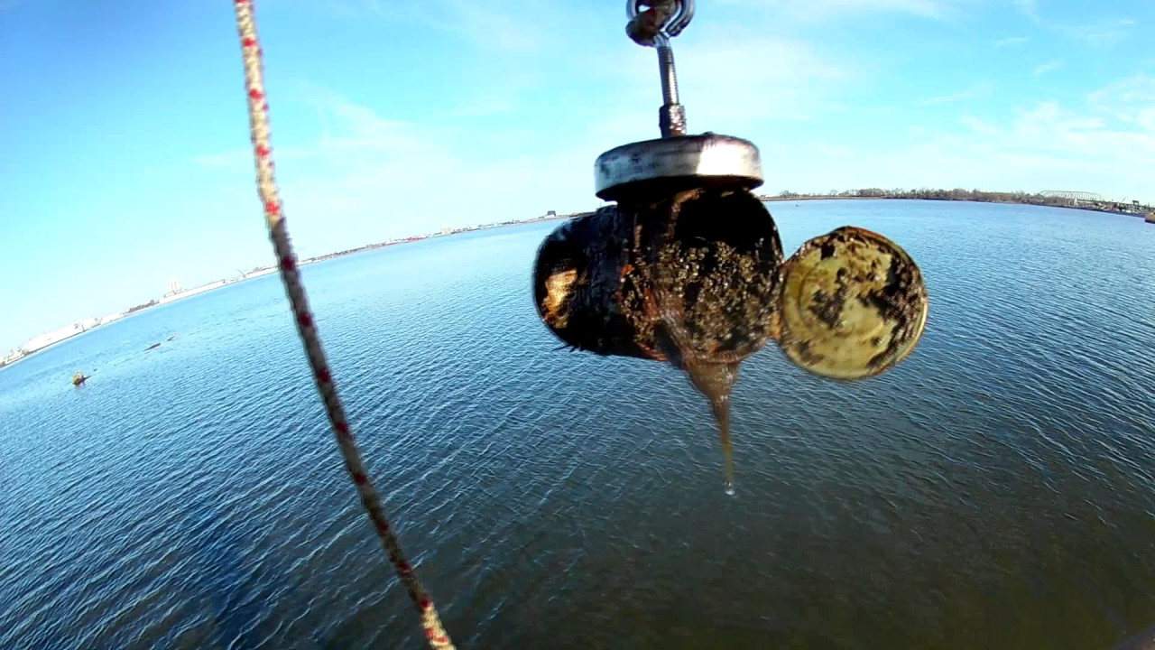 Magnet fishing new years day massive finds wheels reels for Magnet fishing finds