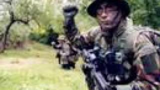 memet kalkan asker..barak havası